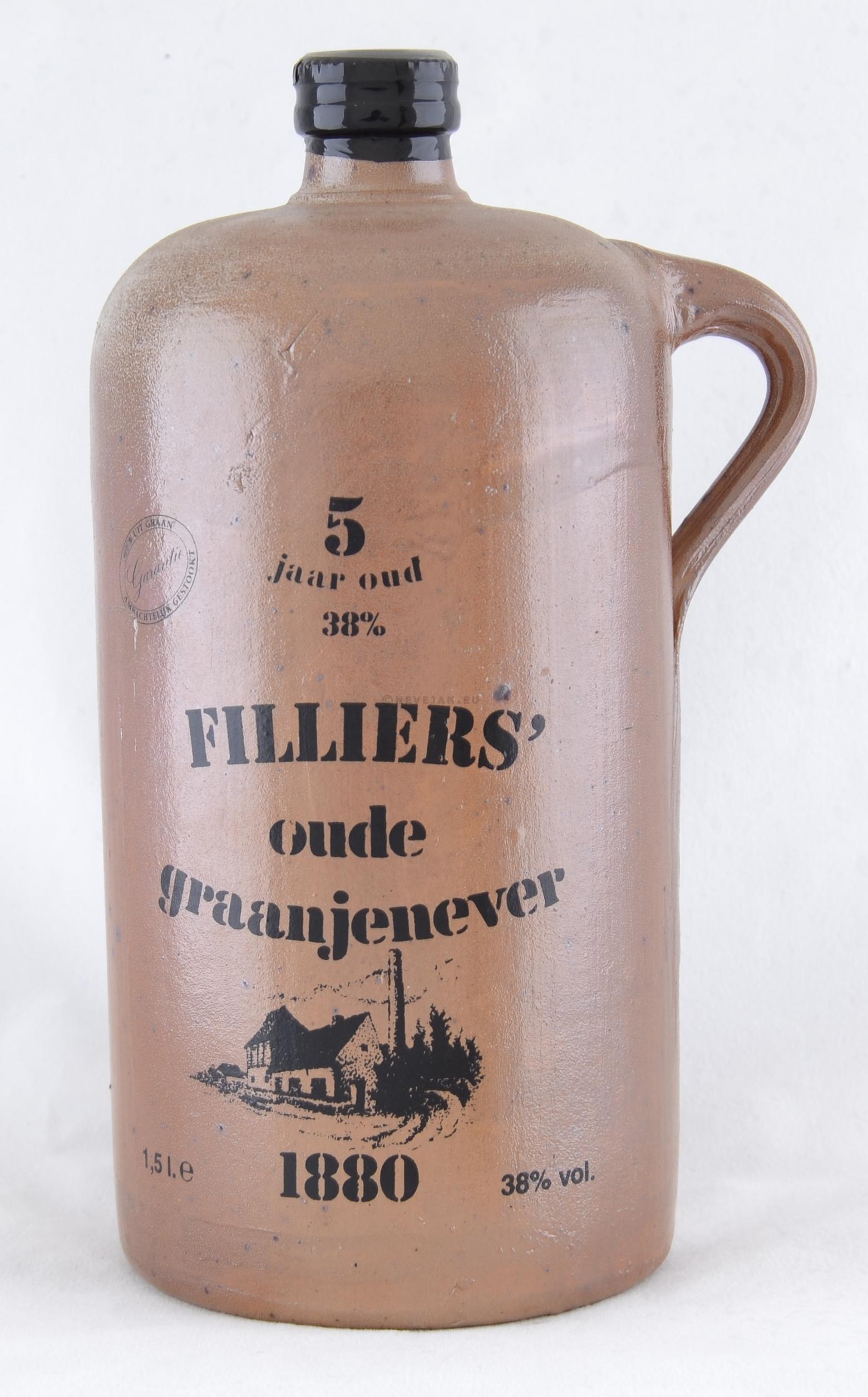 Oude Graanjenever Filliers 1.5L 38% 5 jaar oud kruikfles