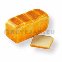 Een zacht wit toastbrood dat is voorgesneden in 20+2 sneetjes en enkel ontdooid hoeft te worden voor gebruik. De sneetjes hebben een een afmeting van 11,5x12 cm. Het brood heeft een gewicht van 800 gram.
